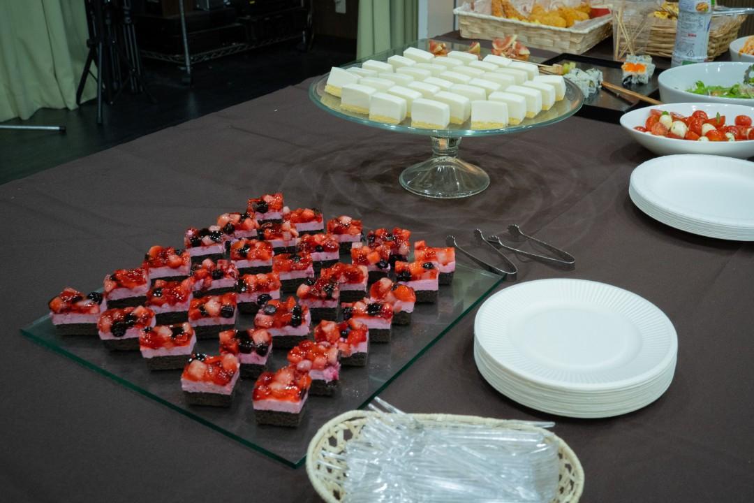 懇親会で提供されたケーキ