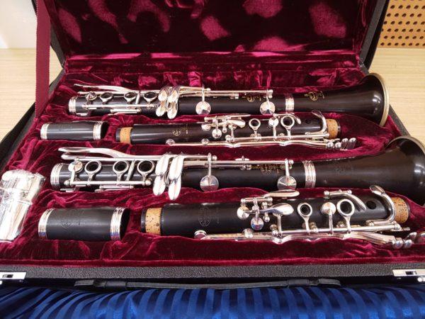 クラリネット用ダブルケースに入ったB♭管とA管